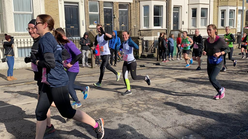 runners for aku at 2020 cambridge half marathon